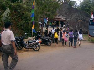 Ramai Pengunjung di Pintu masuk Wisata