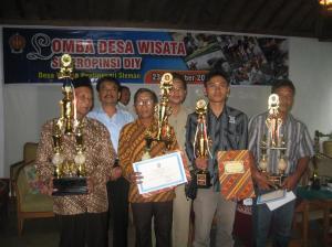 Penyerahan Hadiah Lomba Desa Wisata se-DIY, Senin 23 November 2009