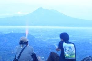Tahun Baru 2013 di Puncak Timur Gunung Api Purba